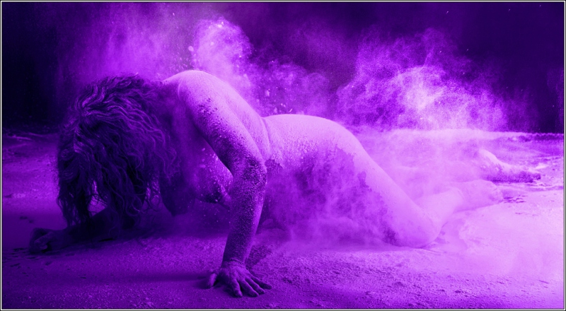 Feniks-resurrected-from-the-ashes-purple-IMG_4911-mark-iii-5d-2-2016-06-42-Rob-Boehle-Leandra-meel