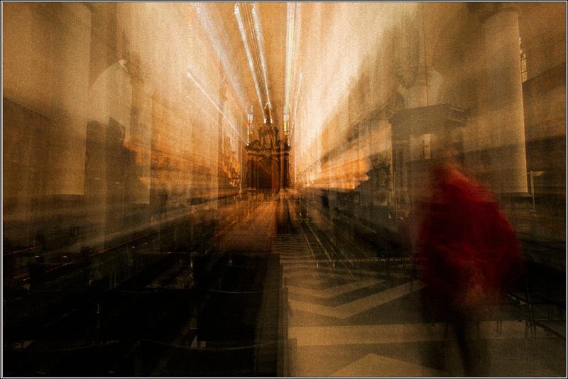 Gezoomde-foto-kerk-Antwerpen-a-BFW